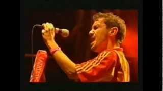 Manu Chao Dia luna Dia Pena Glastonbury 2002