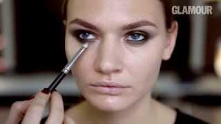 Новогодние идеи: видеоурок дымчатого макияжа