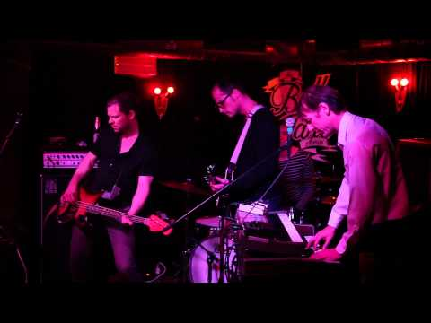 Lo Fat Orchestra - Going With The Punks - 2011 live in der Bella von Täne Show.mp4