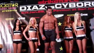 Herschel Walker vs Scott Carson weigh-in
