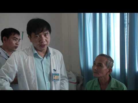 Thăm khám bệnh nhân K thực quản