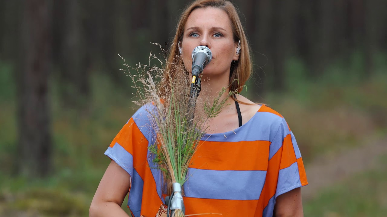 mikromusic-synu-mikromusic-z-dolnej-polki-official-acoustic-live-video-mikromusic
