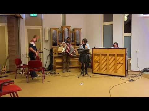 Hoe groot zijt Gij (JdH 886) | Muziekteam Stichting Heart Cry