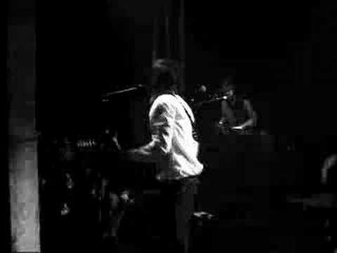 Finding Out True Love is Blind (Live Paris 2006) - Louis XIV
