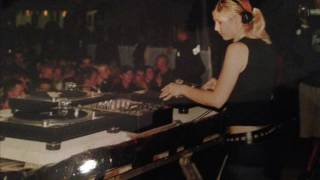 Miss Yetti - Ganz Nah (Robert Goerl Remix)