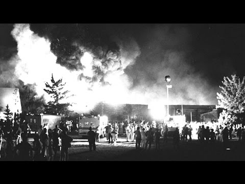 Beverly Hills Supper Club fire kills 165 on May 28-29, 1977