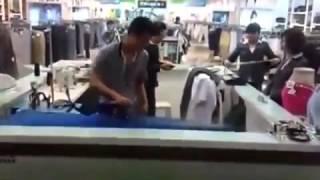 Как китайцы белье гладят
