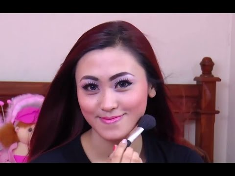 Tutorial Make up Natural Untuk Sehari-Hari - YouTube