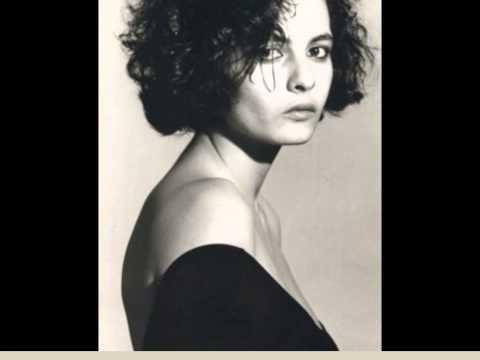 Claudia Ruggeri interpreta i suoi versi - Il Matto I