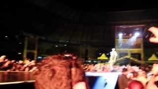 Irrepleceable & Love On Top - MCSWT - Beyoncé Fortaleza 08/09/2013 Arena Castelão