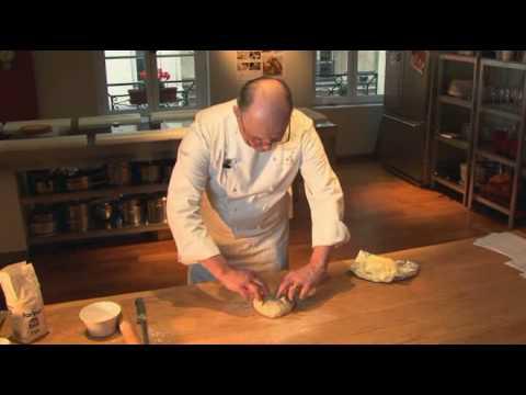 Pâte feuilletée par Pierre-Dominique Cécillon pour Larousse Cuisine