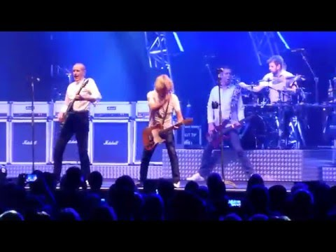 Status Quo - Something 'Bout You Baby I Like / Rain