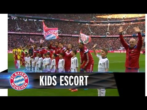 Kids escorted the team onto the pitch of the Allianz Arena