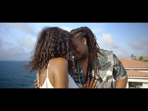 Смотреть клип Yanii Feat Jmax - Dans La Peau