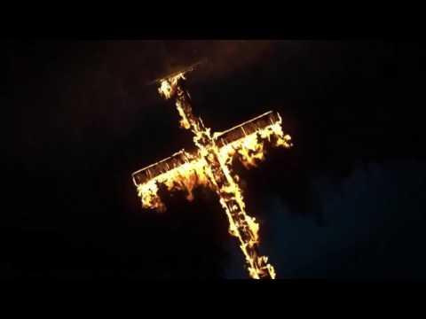 OUTLAST 2 - Trailer (Subtitulado en Español)