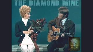 "Video Glen Campbell (1971) serenades Lucille Ball w the Carpenters ~ ""For All We Know"" download MP3, 3GP, MP4, WEBM, AVI, FLV April 2018"