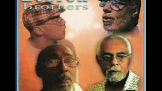 Hermanos Lebron canta Virgilio Hurtado - Si me Permite.wmv thumbnail