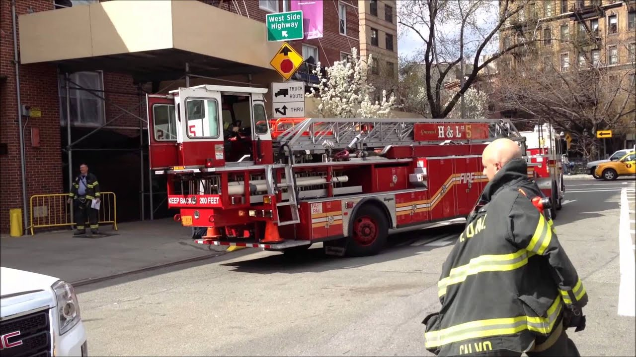 Fdny Tiller Hook Amp Ladder Truck 5 Returning To Firehouse