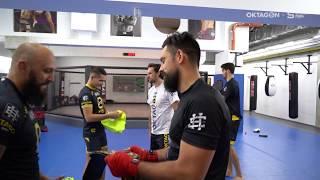 Sparťané si vyzkoušeli drsné MMA
