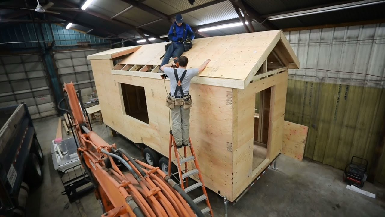 How to build and frame a tiny house roof ana white tiny for Building a little house