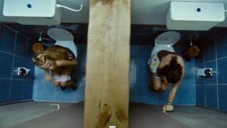 Cilgin Dersane Kampta - Tuvaletten Canlı Yayın