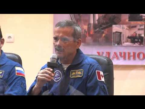 Soyuz TMA-05M Rocket is Blessed; Expedition 32/33 Crew Meets with Officials