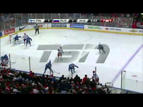 World Juniors: Finland vs. Russia 1/2/11