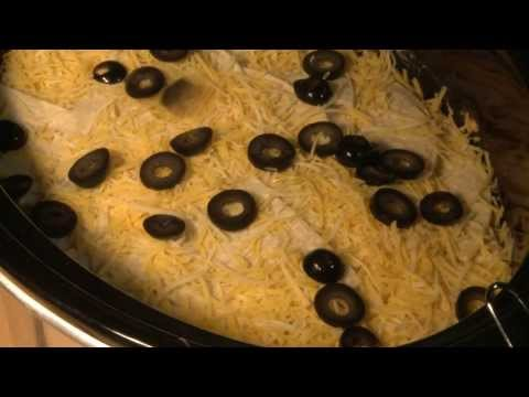 How to Make Slow Cooker Enchiladas