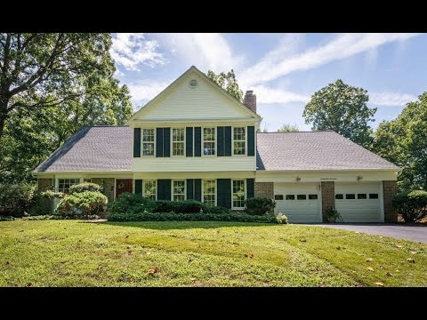 3414 Miller Heights Rd Oakton, VA 22124