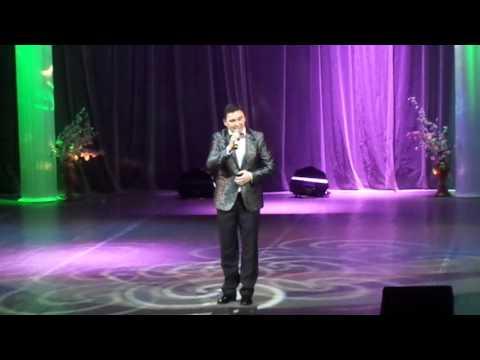 Денис Адамов выступление на концерте в честь 8 марта в ДК Зеленоград