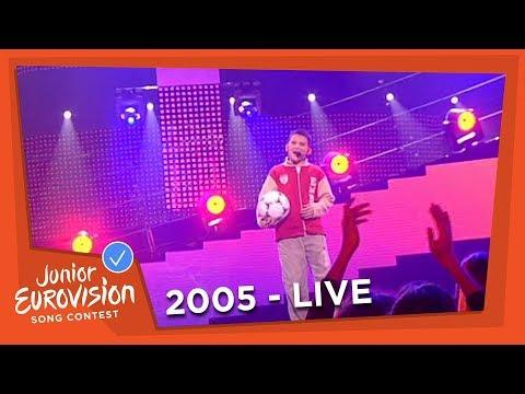Filip Vučić - Ljubav Pa Fudbal - Serbia and Montenegro - 2005 Junior Eurovision Song Contest