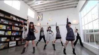 2010年3月3日発売の22thシングル。 「6th 雄叫びアルバム」初回生産限...