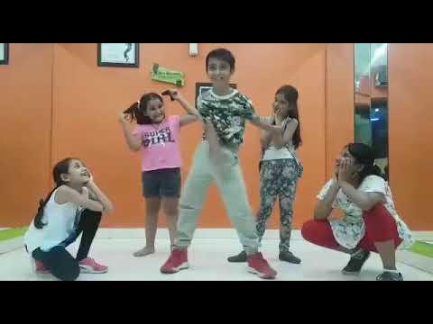 Floss Dance Moves - YouTube