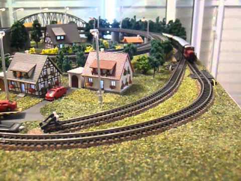 z scale model train