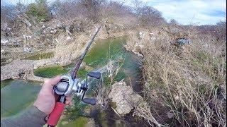 Trash Infested Creek Has Fish? (Urban Bass Fishing)