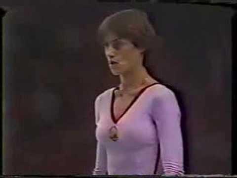 Nadia Comaneci - 1980 Olympics EF - Vault 1