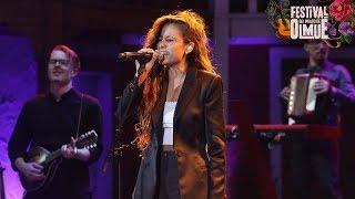 Camila Gallardo fue todo un éxito en Olmué   Festival del ...