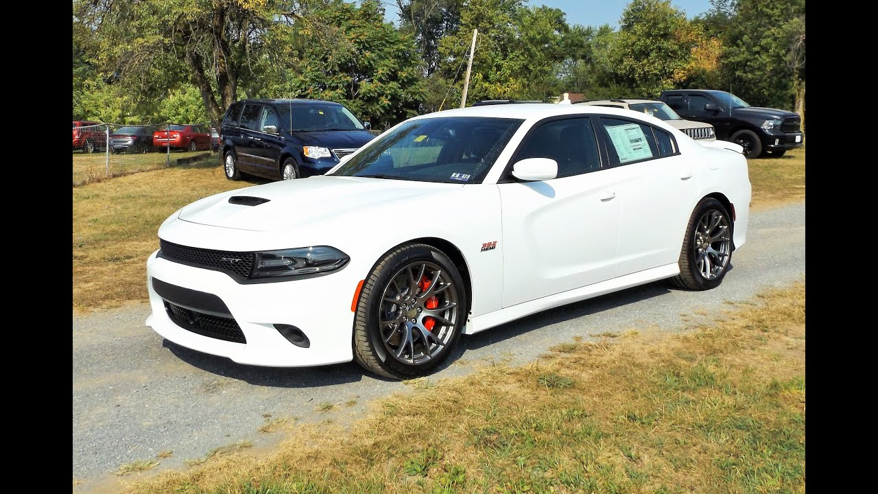 2015 Dodge Charger SRT 392 Start Up, Exhaust, Review and Tour - YouTube