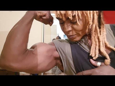 Superthickmusclechicksиз YouTube · Длительность: 1 мин33 с