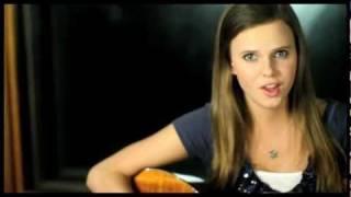 Смотреть клип Tiffany Alvord - That Kiss