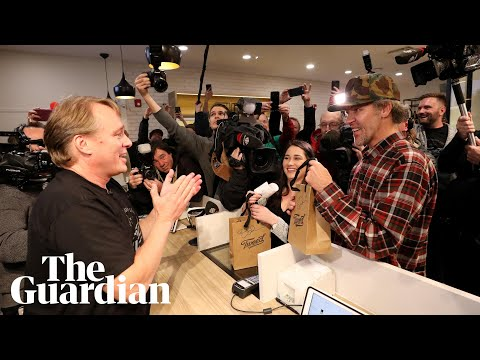 'I've never been this excited': first people buy cannabis le