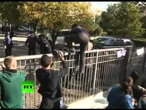 Kosovo police and violent protest