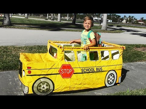 Roma Pretend Play with School Bus Tent! The Wheels on the Bus Nursery Rhymes Songs for Children