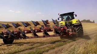 2 Трактора  CLAAS AXION 930  на вспашке поля