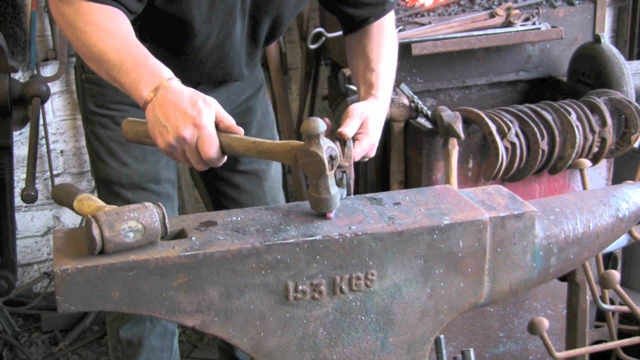 Making a small set of Farrier / Blacksmith tongs