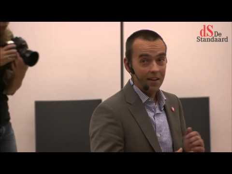 Openingscollege Politicologie van prof. Carl Devos (Universiteit Gent)
