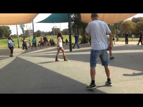 ארץ נהדרת- ריקודי עם Eretz Nehederet- Israeli Folk Dancing