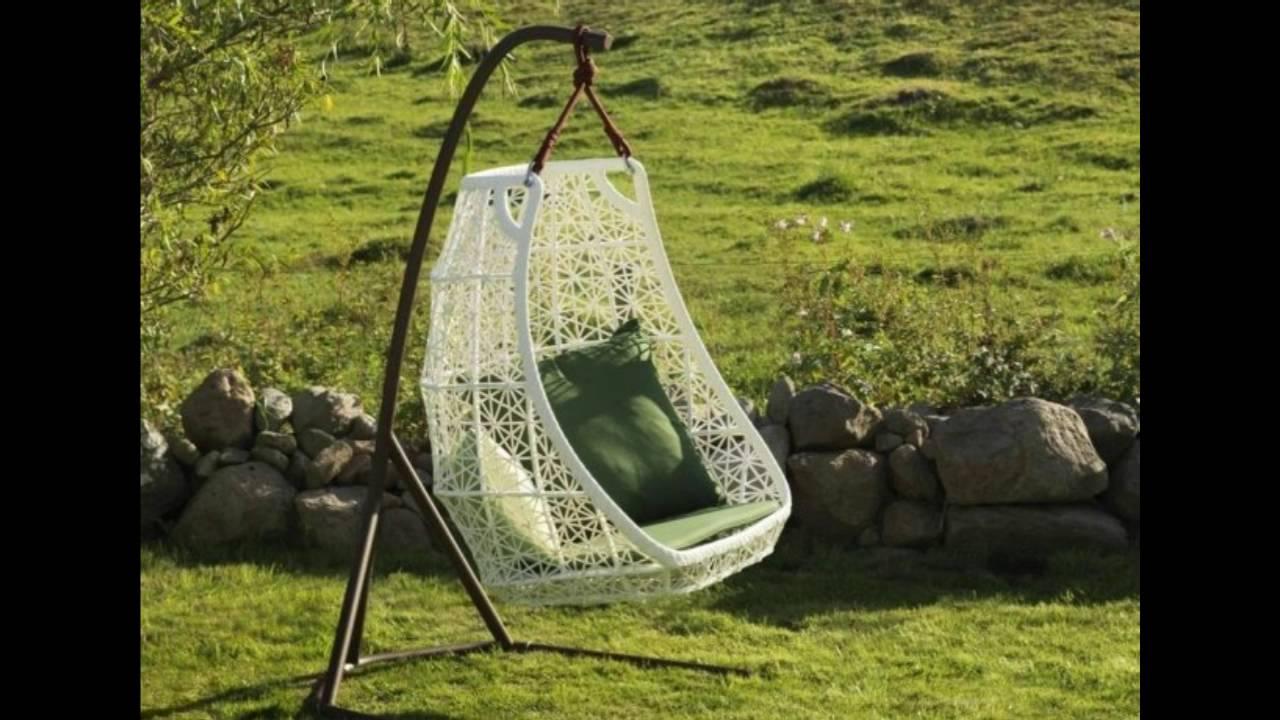 Decoracion de jardines con columpios y sillas colgantes for Balancines de madera para jardin
