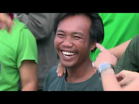 NIH KITA KEPO - Nikita Nyanyi Bareng Bonek Di Surabaya! (31/12/19) Part 1