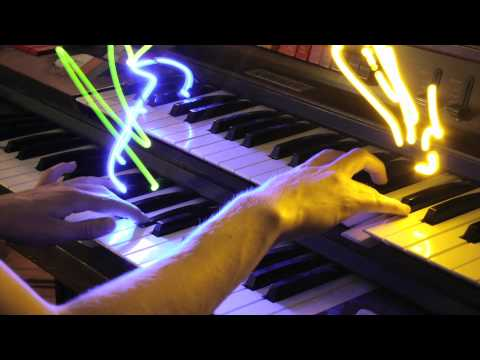 Bach Fugue in C Minor (Light Painting)